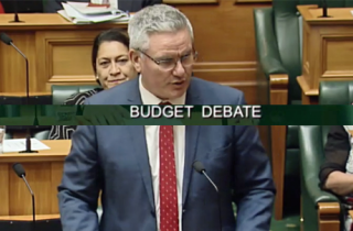 Kelvin Davis - Budget NZ
